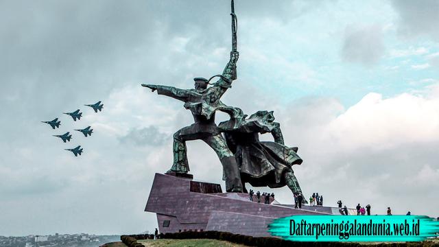 Tidak Berhemat Untuk Memperingati Kemenangan Dunia II