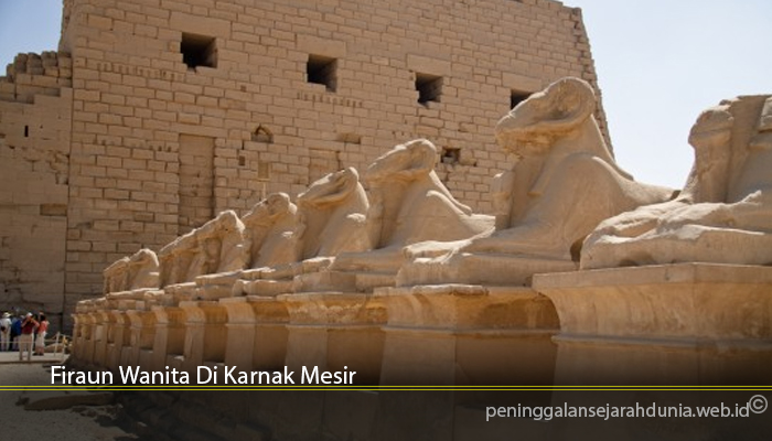 Firaun Wanita Di Karnak Mesir